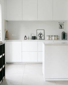 New kitchen white furniture interiors ideas