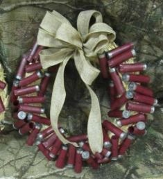 Redneck and rustic wedding table decorations are easy to make and inexpensive as well. When it comes to weddings, everyone has their own style and Redneck, Hillbilly, and Hunting Wedding themes have become very popular in my neck of the woods. (No...
