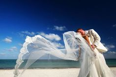 Are you having a wedding by the beach and need help on which veil to choose? We provide you with some internal advice!! http://bridalblog.mjtrim.com/2015/04/20/beach-wedding-birdcage-veil-or-traditional-veil/