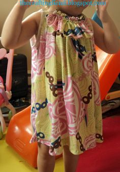 Jen, aka The Crafting Fiend, shares a free pattern and tutorial on her blog for making her Swinging Swingy Dress for toddler girls.  The loose, swingy, sleeveless dress is pretty, and also easy for small children to play in.  The pattern is sized for a 2T/3T dress, but you could adjust up or down as needed.