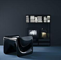 #Möbel Designer Stuhl Mit Armlehnen Für Einen Stylischen Look Im Wohnzimmer  #Designer #Stuhl