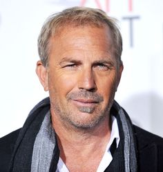 Kevin Costner > an Andy/David morph! Kevin Costner, Heinz Rühmann, Pretty People, Beautiful People, Bob Hair Color, Famous Faces, Hollywood Stars, Haircuts For Men, Mannequins