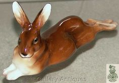 Rare Royal Doulton Large Recumbent (laying) Brown Hare HN2593 c.1950's (ref: 2136)