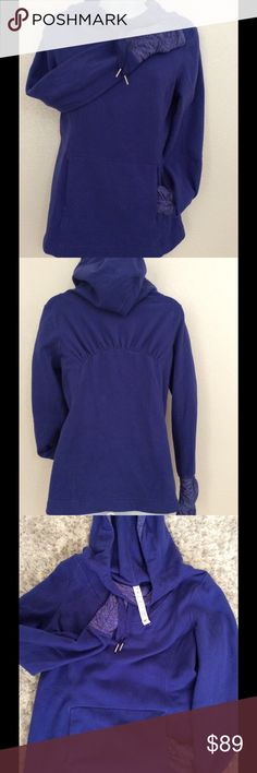 Lululemon Apres Run fleece Pullover In Persian Purple color. In very good used condition. Thumbholes with soft striped material. Size 8.  Measures 19 inches from armpit to armpit.  Fitted waist for flirty feminine fit. Soft non-chaffing material without seams.  Fleece is resistant to piling. lululemon athletica Tops Sweatshirts & Hoodies