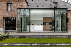 Freja Home Styling ( Beautiful Buildings, Beautiful Homes, Casa Loft, House Extension Design, Cheap Houses, Home Porch, Modern Farmhouse Exterior, House Extensions, Glass House