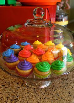 Cupcakes from a Rainbow Art Party #rainbow #cupcakes