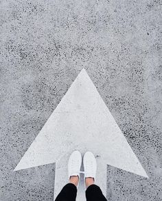 "12.3 tusind Synes godt om, 53 kommentarer – Mija by Mirjam Flatau (@mija_mija) på Instagram: ""One way or another  #commonprojects #freshayr #ihavethisthingwithfloors"""