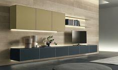 Rimadesio Self is een modulair wandsysteem voor elke ruimte van het huis, die het mogelijk maakt om enkel -en dubbelzijdige dressoirs, tafels, ladeblokken en zwevende muur composities te creëren. Een veelzijdig ontwerp waarvan de belangrijkste kwaliteit zijn veelzijdigheid is, het combineren van de esthetiek van Rimadesio's  gelakt glas in 62 Ecolorsystem kleuren.