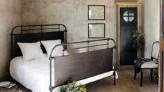 Una cama industrial
