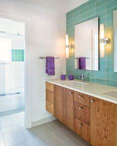 6 Tricks to Make Your Small Bathroom Look a Whole Lot Bigger via Brit + Co Girl Bathrooms, Small Bathroom, Bathroom Ideas, Teal Master Bedroom, Master Bath, Dorm Room Storage, Vanity Design, Bath Design, Contemporary Bathroom Designs