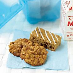 Chewy Oatmeal-Raisin Cookies - WomansDay.com