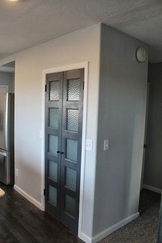 A Neighborly Pantry DIY pantry door… I love little pocket doors. Wonder if I could do this into the laundry Glass Closet Doors, Bedroom Closet Doors, Bathroom Doors, Hallway Closet, Master Bathrooms, Bathroom Pocket Door, Closet Office, Bathroom Closet, Glass Bathroom