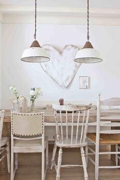 Shabby to Chic: Five Ways to Revamp and Modernize Your Shabby Chic Room - Sweet Home And Garden Sweet Home, Home And Living, Decor, Farmhouse Dining, Rustic Furniture, Interior, Dining, Home Decor, Dining Room Inspiration