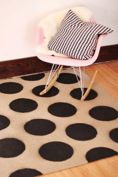 DIY your own polka dot rug with spray paint! Budget friendly and so chic! Polka Dot Rug, Polka Dots, Eames, Diys, Disney Activities, Painted Rug, Cool Rugs, Beautiful Mess, Crafty Projects