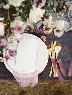 Shades of purple for autumn Wedding Place setting Ideas | Photo by Igor Kovchegin
