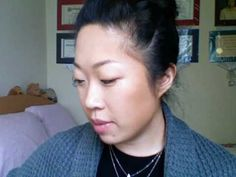 How to Contour Your Face (Look Skinnier). I like this because she's Asian and we have the same face shape.