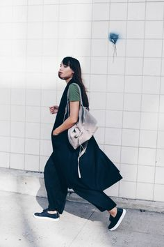 Natalie Off Duty / SIDE KICK //  #Fashion, #FashionBlog, #FashionBlogger, #Ootd, #OutfitOfTheDay, #Style Best Fashion Blogs, Fashion Styles, Cool Street Fashion, Street Style, Natalie Off Duty, Sleeveless Coat, Romper Pants, Blouse Outfit, Tank Top Shirt