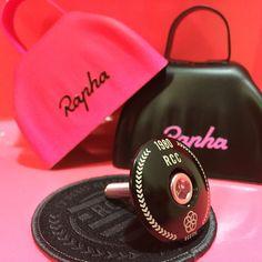 Rapha RCC Rapha Cycling, Pink Bike, Cycling Outfit, Cycling Clothes, Bike Kit, Beats Headphones, Wheels, Sport, Bicycles