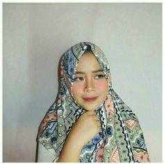 Saya menjual Hijab Square Motif seharga Rp60.000. Dapatkan produk ini hanya di Shopee! https://shopee.co.id/dkiranaoktavianty/239947951 #ShopeeID