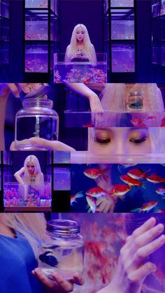 Phone Backgrounds, Wallpaper Backgrounds, Dance Kpop, Pump It Up, Singing In The Rain, Purple Aesthetic, Samara, Diy Room Decor, Lava Lamp