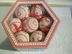 Christmas decorations - Nordic baubles x 14 boxed