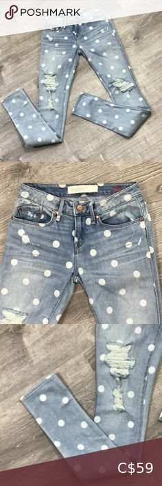 Marc by Mark Jacobs jeans size 25 Stylish, skinny, blue polka dot jeans by Marc Jacobs. Mint condition Marc By Marc Jacobs Jeans Skinny Polka Dot Jeans, Blue Polka Dots, Brown Jeans, Black Skinnies, Marc Jacobs Lola, Plus Fashion, Fashion Tips, Fashion Design, Fashion Trends