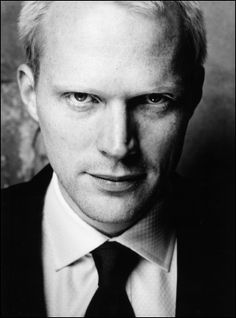 Paul Bettany.. One of the few blondes I think is sexy!