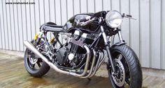 Rewheeled Honda caferacer
