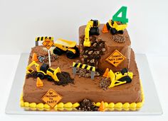 Peanut Butter Birthday Cake, Lincoln Birthday, French Kids, Construction Birthday, Buttercream Cake, Cake Decorating, Decorating Ideas, 4 Kids, Baking