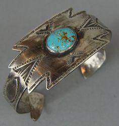Early Harvey Era NAVAJO Turquoise ARROW Terminal Silver Turquoise Bracelet
