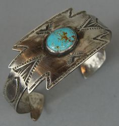 Early Harvey Era NAVAJO Turquoise ARROW Terminal Silver Turquoise Bracelet