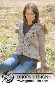 Lace and Bobble Cardigan Free Knitting Pattern. Skill Level: Intermediate Size: S – M – L – XL – XXL V-neck cardigan knitting pattern with lace and bobble panels at the front. Free Pattern More Patterns Like This! Baby Knitting Patterns, Baby Knitting Free, Ladies Cardigan Knitting Patterns, Knit Cardigan Pattern, Christmas Knitting Patterns, Crochet Patterns, Drops Design, Beginner Knit Scarf, Drops Patterns
