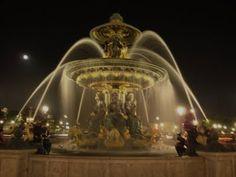Fountain Paris-FleaingFrance