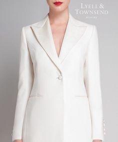 If James Bond can wear a white dinner jacket... #bespoke #womenswear #bespoketailoring #spectre #jamesbond #dinnerjacket #peaklapel #redlips #forwomenbywomen #style #classic #elegant #timeless #london #mayfair #fashion #dapper #ladies #effortless #007spectre #danielcraig