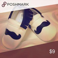 """😁cute*cute*cute😁baby """"stache"""" booties CUTE! CUTE! Baby moccasin moustache booties Shoes Moccasins"""