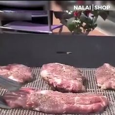 This protective grill mat allows barbeque masterpiece to fully absorb those awesome smoky flavors, unique mesh design keeps food from falling between the grates. It keeps the food from sitting in unhealthy fat and grease. It is made of heat resistant te Cool Kitchen Gadgets, Kitchen Hacks, Cool Kitchens, Barbecue Grill, Grilling, Barbeque Design, Plastic Mat, Dinner For 2, Gourmet Burgers