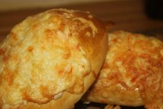Ostebriks - Kake-huset Norwegian Food, Norwegian Recipes, Bread Dough Recipe, Baking, Desserts, Tailgate Desserts, Deserts, Bakken, Postres