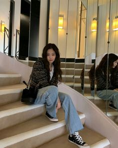 Wide Blue Jeans Jennie - BlackPink K-Fashion at Fashionchingu Blackpink Fashion, Korean Fashion, Fashion Outfits, K Fashion Casual, Indie Fashion, Paris Fashion, High Fashion, Kpop Outfits, Casual Outfits