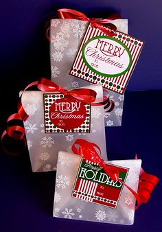 Pretty Christmas tags in classic red, white and green!