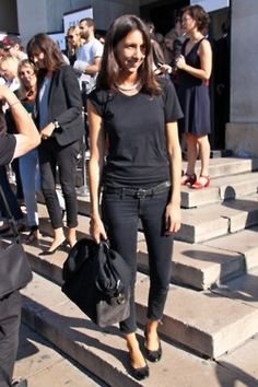 black with cuffed jeans, simple t and flats! ... perfect (Geraldine)