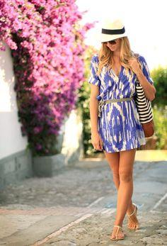 Look journée d'été : petite robe imprimée + Borsalino