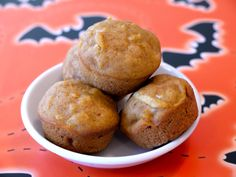 Pumpkin Apple Mini Muffins on Weelicious Apple Recipes, Pumpkin Recipes, Fall Recipes, Baby Food Recipes, Dessert Recipes, Toddler Recipes, Toddler Food, Kid Recipes, Apple Desserts
