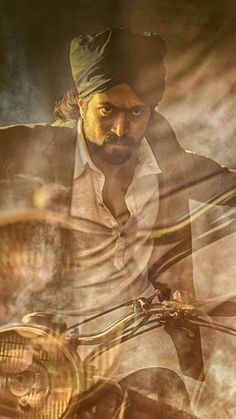 #Yash #RockingStar #Kannadamovies #KannadaActors #kannada Balloon Wall, Balloons, Evil Demons, Kannada Movies, My Favorite Image, Beautiful Sunset, Hd Photos, Satan, Hero