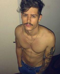 Beautiful Boys, Gorgeous Men, Pretty Boys, Mode Masculine, Boys Lindos, Hot Men Bodies, Mustache Styles, Photography Poses For Men, Hot Hunks