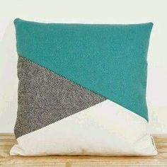 Sewing Pillows I like the pattern; would use different materisl Sewing Pillows, Diy Pillows, Decorative Pillows, Throw Pillows, Yellow Pillows, Diy Couture, Couture Sewing, Cushion Covers, Pillow Covers