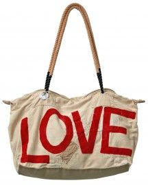 Love this weekendbag made by sailfabric from kenia.
