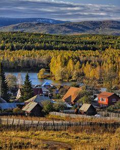 Yesterday. Somewhere in the Urals. Russia. Намедни. Деревня Новоандреевка. Южный Урал. Знаете, мне обычно нравится, когда под картинкой что-нибудь написано. Но эта осень выдалась настолько яркая, что любые слова блекнут на её фоне и кажутся лишними. С осенью вас, в общем. 😊 ____________________________ #natgeoru #photorussia #rtgtv #natgeo #landscape_russia #loves_russia #village_ru #фотодляроссии #russia_fotolovers #rus_places #canonrussia #kings_villages #russiaonline #villageinrus…