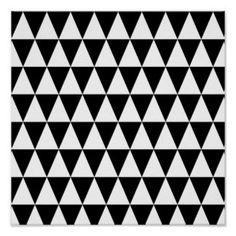 monochrome_black_white_triangles_geometric_pattern_poster-r3d52eaf7bc2140fa83ef2bf87b9ccc98_wvk_8byvr_324.jpg (324×324)
