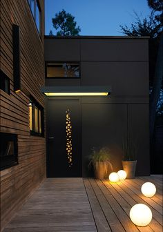Model Ecume Foam coated in black 2100 Marquise Zenith illuminated 1800 mm Source by bohrerflorence Up House, House Front, Roof Design, House Design, Modern Front Door, Archi Design, My Ideal Home, Under The Lights, Outside Living