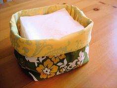 diy Napkin holder...maybe burlap outer with patterned lining